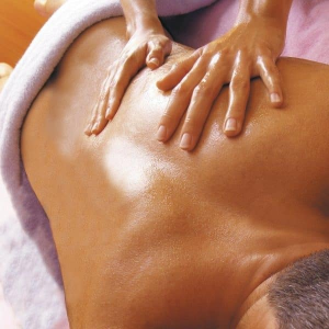 Soins du corps relaxant  zone ciblée + gommage – 50 min